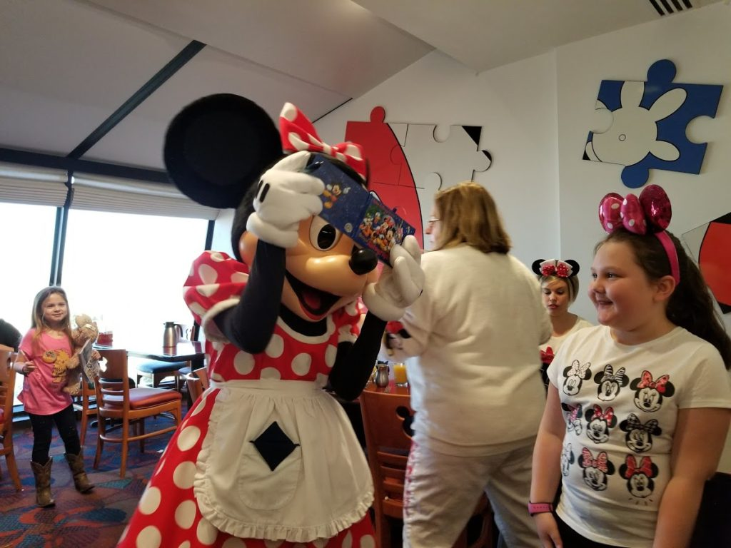 Chef Mickey's Review : Best Disney World Character Meal Dining 2