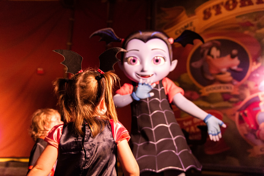 Mickey's Not So Scary Halloween Party Guide 9