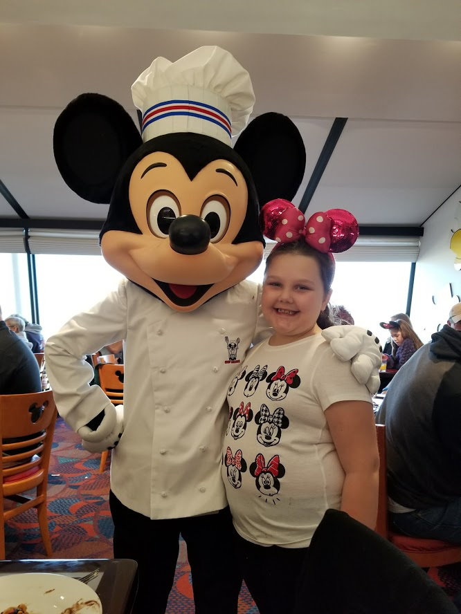 Chef Mickey's Review : Best Disney World Character Meal Dining 1