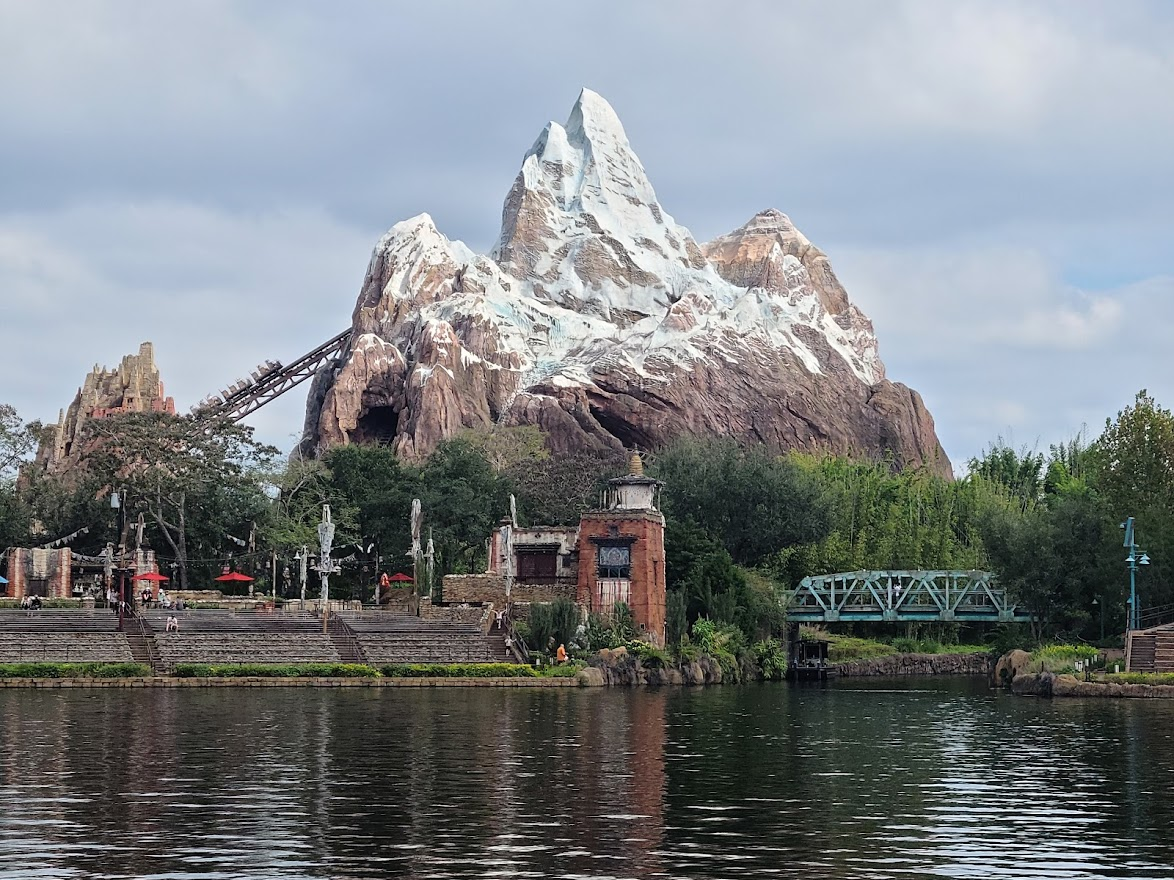 What Parks At Disney World Have The Most Rides? Tips 4