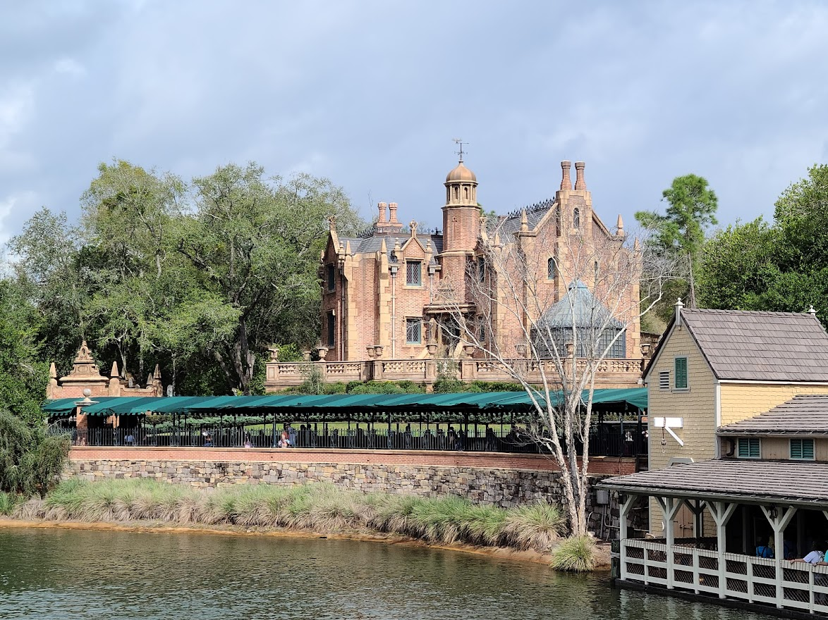 What Parks At Disney World Have The Most Rides? Tips 2