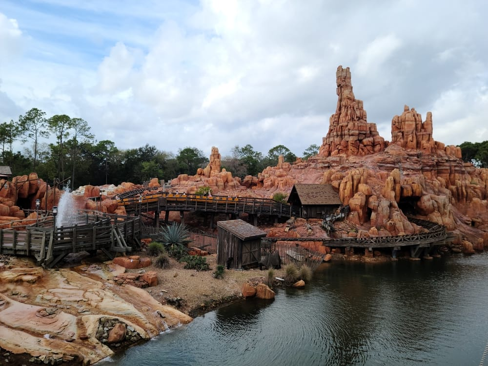 Complete Guide To Magic Kingdom Attractions and Rides 25