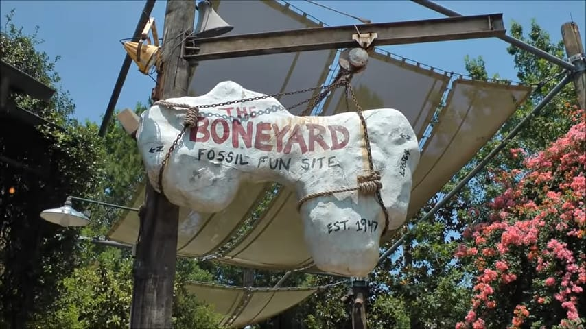 Complete Guide To Disney's Animal Kingdom Attractions and Rides 13