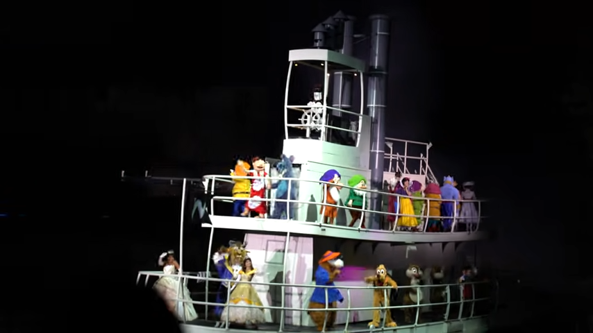 Is Fantasmic Worth It At Disney World? Hollywood Studios 6