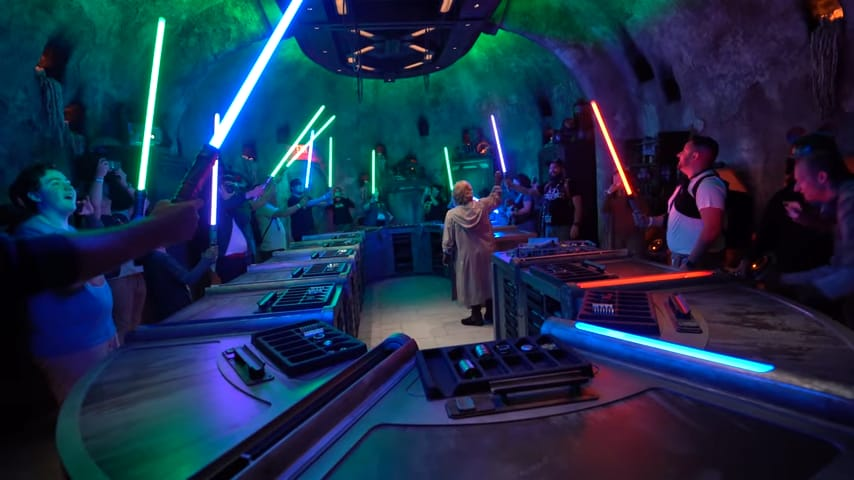Ultimate Guide to Savi's Workshop (Lightsabers, How Much, & Tips) Hollywood Studios 1
