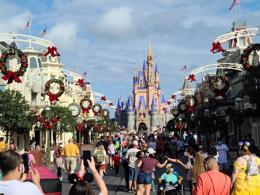 WDW Average Daily Attendance Report 2021 Tips 1