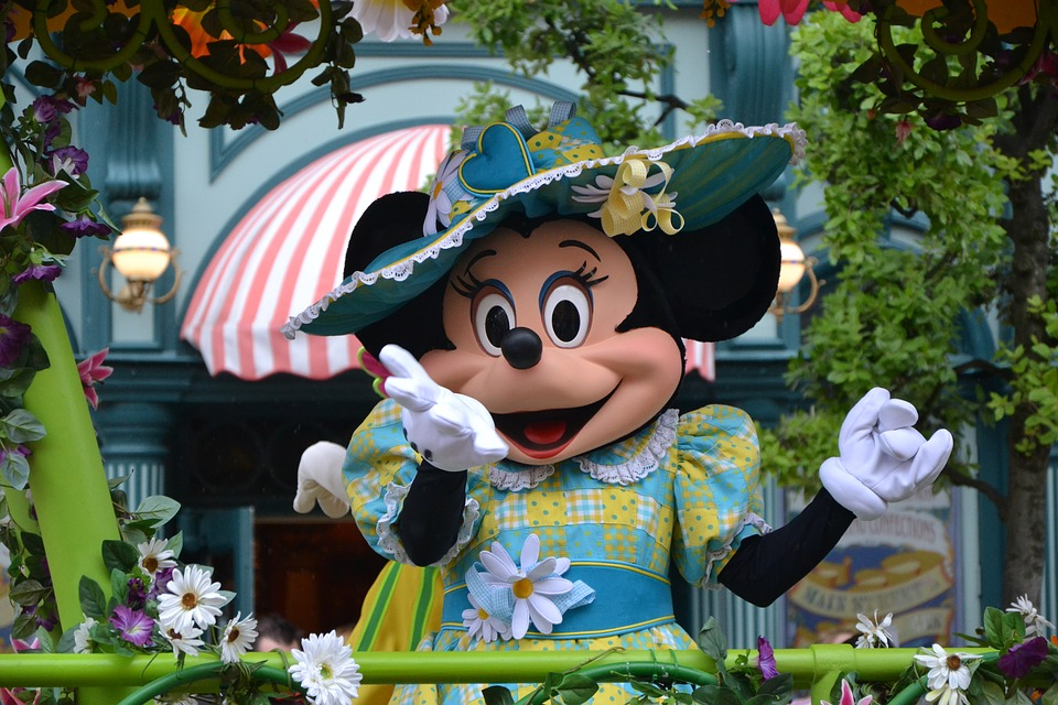 25 Facts about Minnie Mouse That Might Surprise You Tips 2