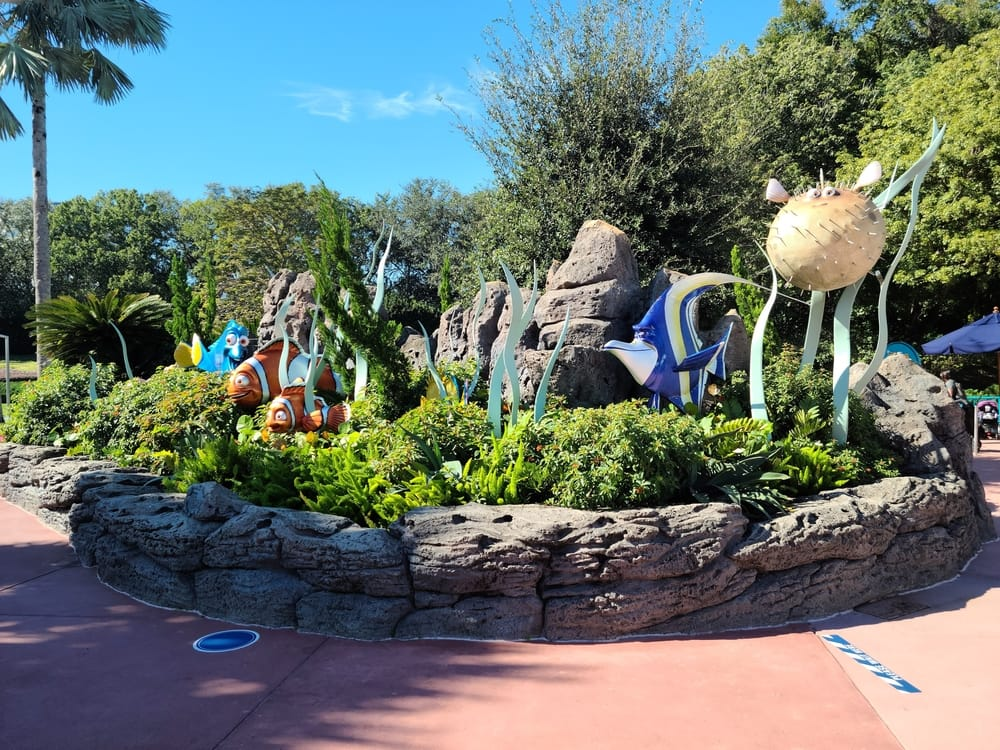 Complete Guide To Epcot Rides & Attractions 3
