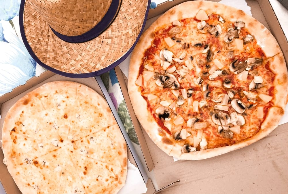 How To Get Takeout and Pizza Delivered To A Disney Resort Room Dining 2