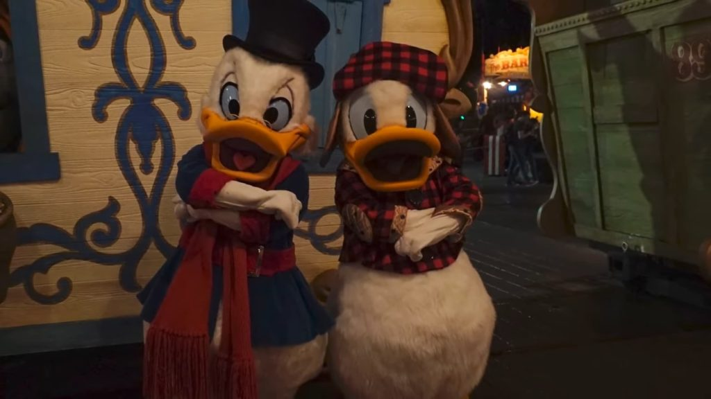 scrooge mcduck and donald mickey's very merry