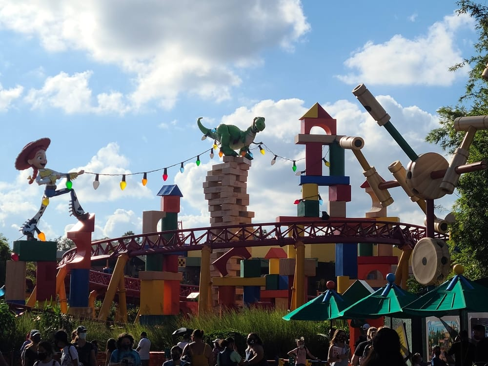 Complete Guide To Hollywood Studios Attractions and Rides 11