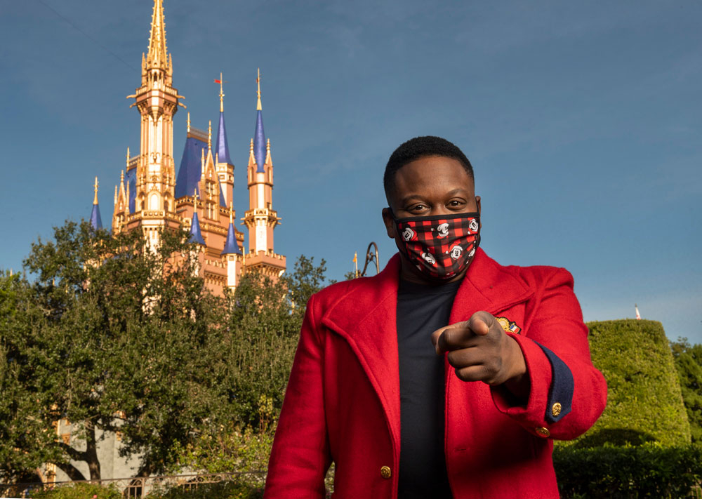 Unwrap Holiday Cheer this Christmas Morning with Walt Disney World and ABC with 'Disney Parks Magical Christmas Celebration' News 1